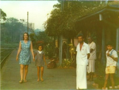 at-new-peradeniya-railway-station-1970s