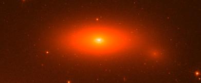 Lenticular Galaxy NGC 1277 w supermassive black hole