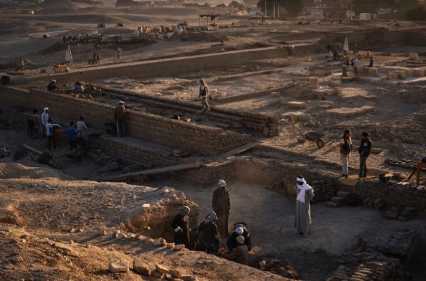Vista del yacimiento del Templo de Millones de Años de Tutmosis III en la 12ª campaña 2019