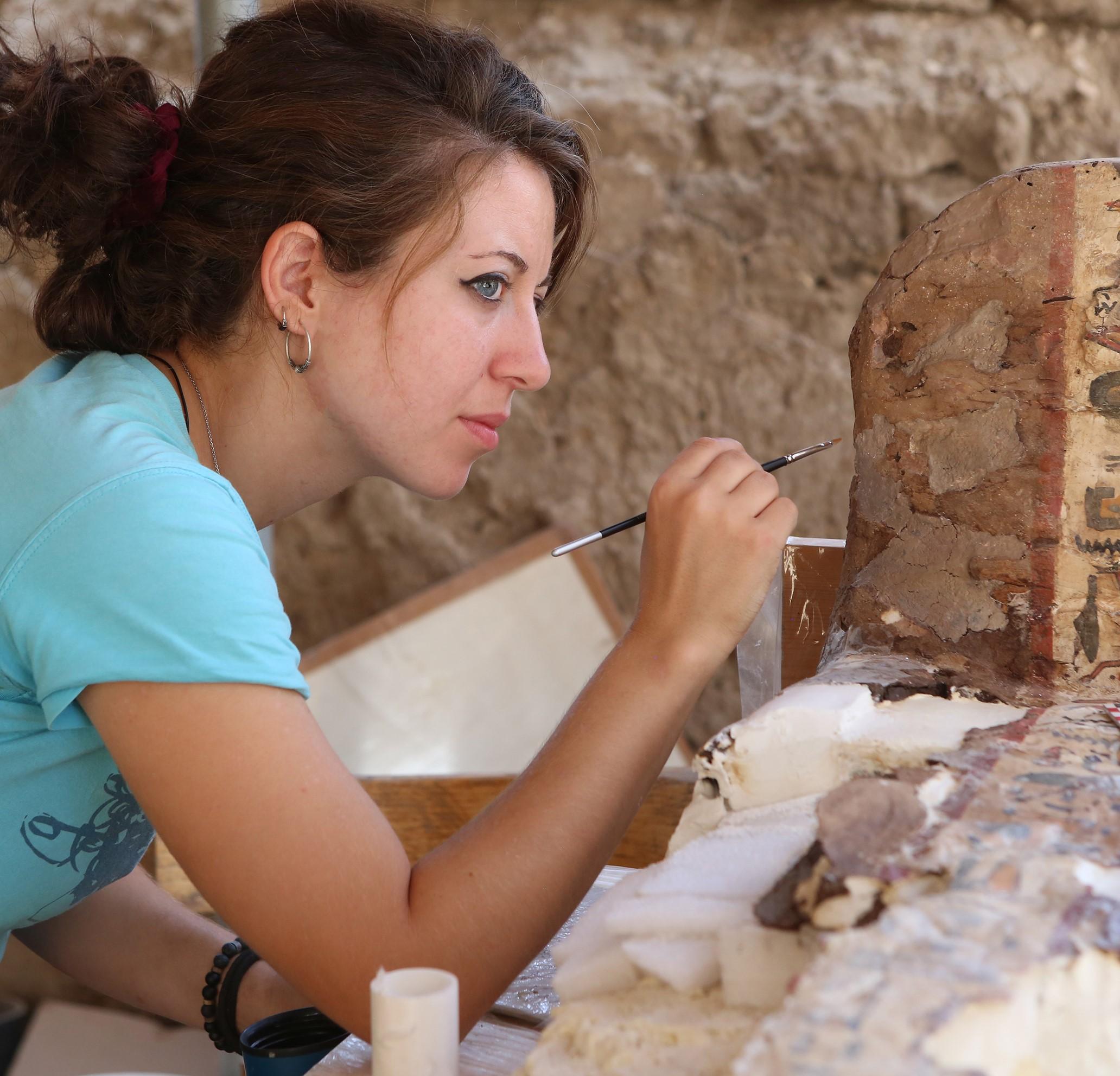 Carmen Peinado Licenciada Bellas Artes Diseñadora gráfica