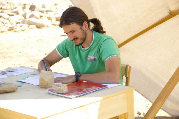 Ismael Macías, arqueólogo