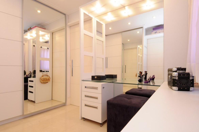 Closet clean e moderno