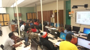 blackcollege-students-blogging-TECH-HBCU