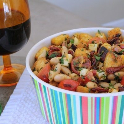 Rosemary White Bean Panzanella Salad