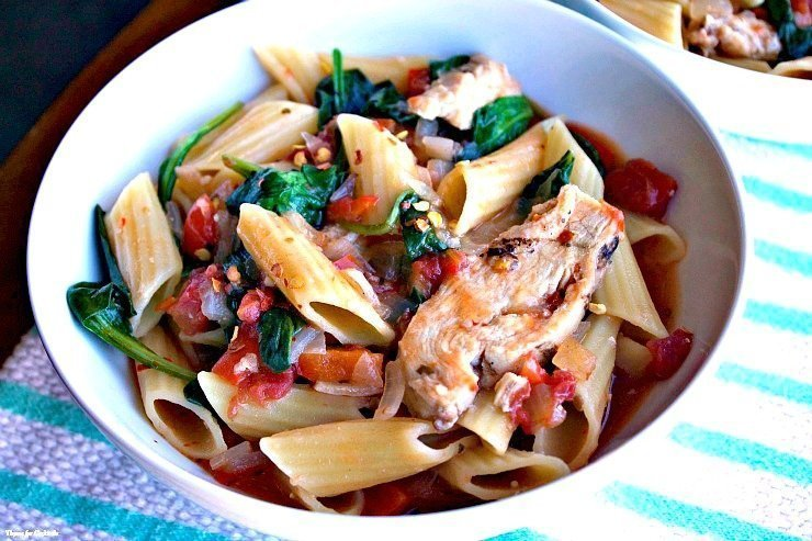 Italian Chicken and Spinach Pasta Skillet