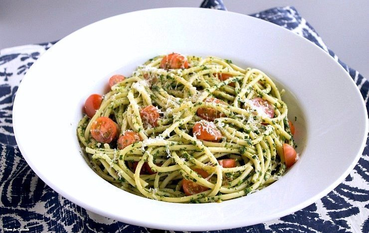 Spinach Bacon and Tomato Pasta