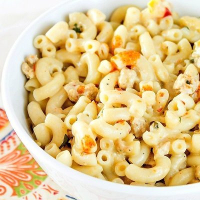 Caliente Chicken Skillet Mac and Cheese