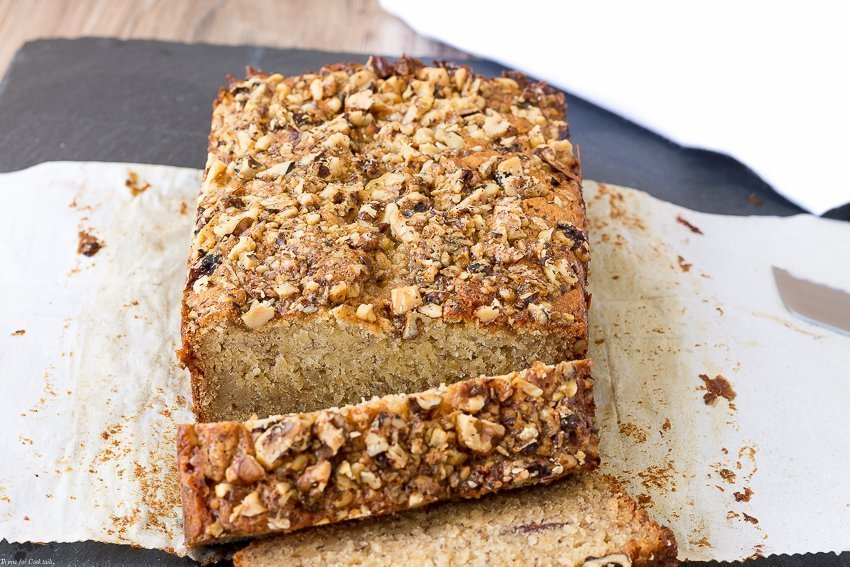 caramel-walnut-banana-bread
