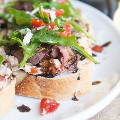 Happy Hour Recipe for Balsamic Steak Crostini