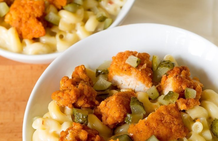 Nashville Hot Chicken Mac and Cheese