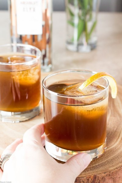 Cozy Absolut Elyx Cold Fashioned