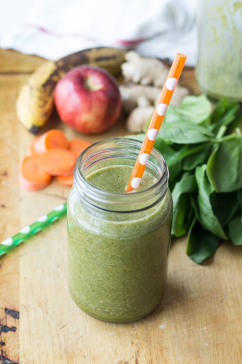 spinach, apples, ginger, carrots, and bananas for Power Green Pineapple Ginger Smoothie
