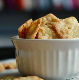 Gf Crispy Cheddar Crackers