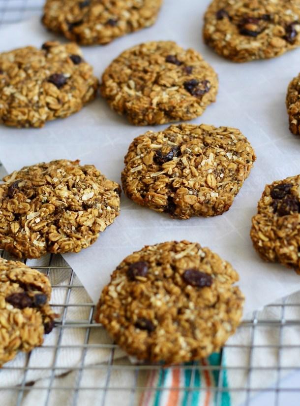 Vegan Overnight Oatmeal Cookies