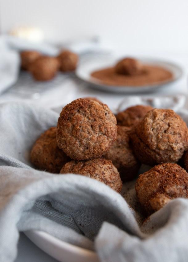baked apple cinnamon donut holes