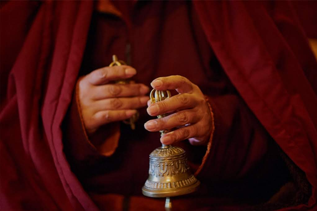 Le vajra et la cloche dans le bouddhisme Vajrayana