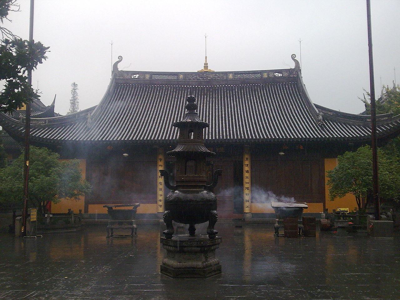Temple Longhua du bouddhisme Chán, Shanghai