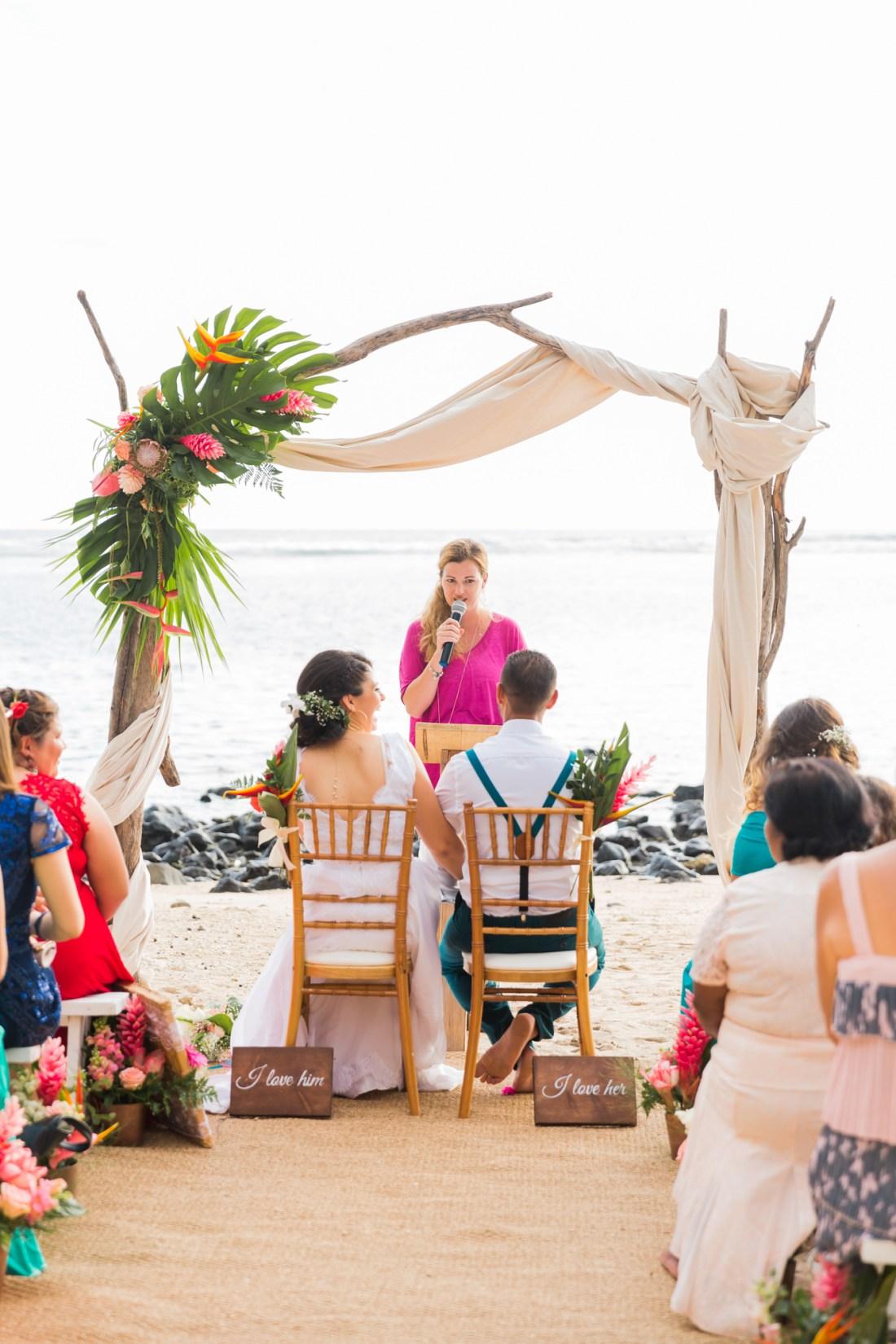 Un mariage tropical sur la plage du Choka Bleu à la Reunion