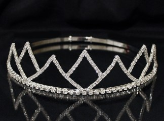 Adjustable Band King Crowns