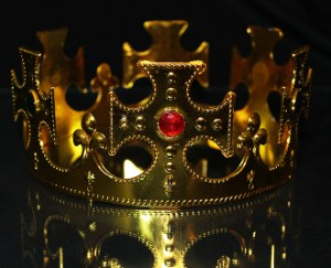 gold king crown