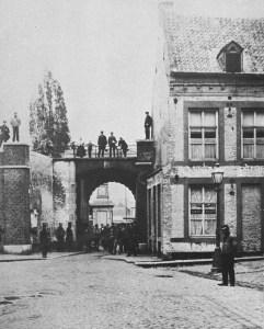Graanmarkt 1865 met O.L.Vrouwepoort