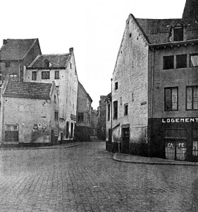 Het Bat 1930 - Oude Vischmarkt (Vissersmaas) en M.Smedenstraat