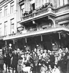 Momus anno 1925