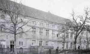 Lenculenstr. tonnelacademie als weeshuis 1900