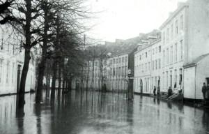 Zwingelput-Gr.Looierstr. 1895 watersnood.
