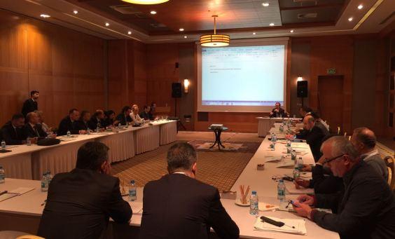II. Tıbbi Tedarik Zinciri Kongresi'nde Şehir Hastanelerinde Tıbbi Tedarik Yönetimi Ortak Akıl Toplantısı düzenlendi.