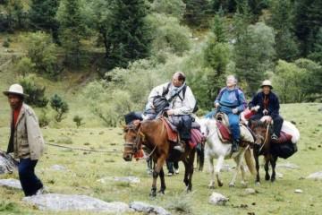 Tibetan Trekking Travel