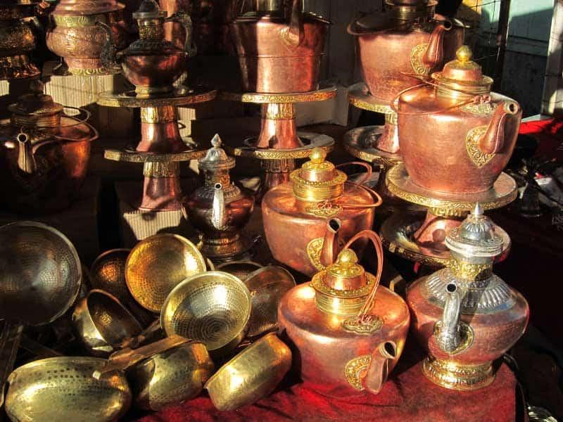 Barkhor street teapot