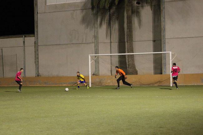 El Polideportivo Municipal de Morro Jable,  se deteriora a pasos a pasos agigantados