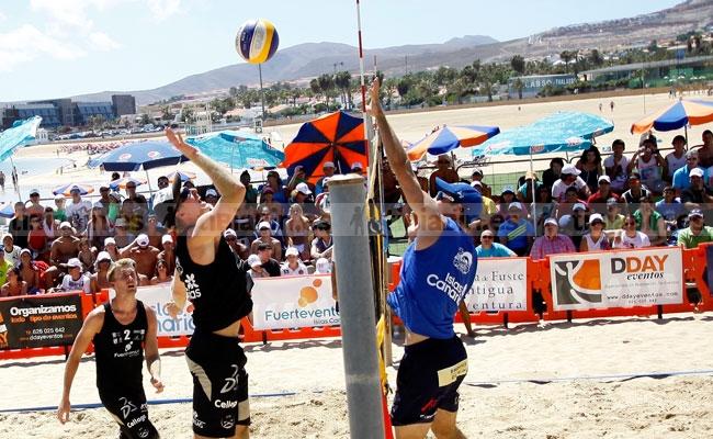 Comienza el torneo internacional de voley playa en Caleta de Fuste