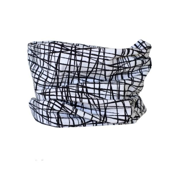 Cuello de entretiempo a rayas en blanco y negro