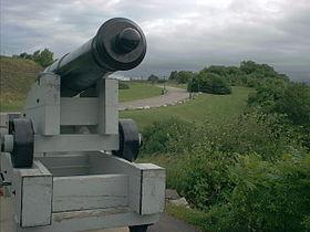 280px-Artillery_piece_battlefields_park