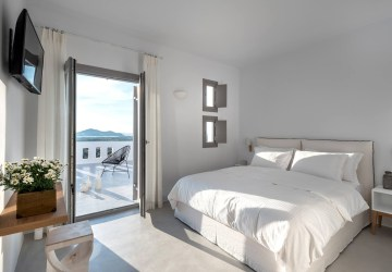 Seven Suites Naxos TicketSeller book your holidays