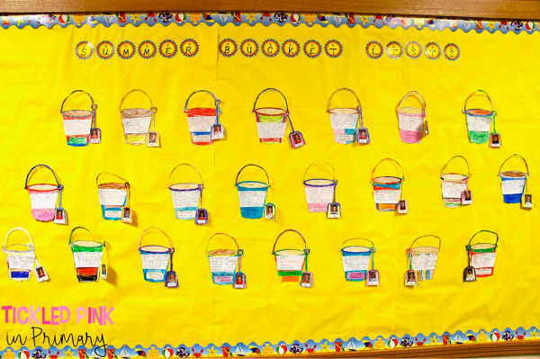 Looking for a Summer or end of the year bulletin board? Try this Summer Bucket list bulletin board. Click to learn more. #endoftheyear #summer #bulletinboard