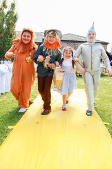 Follow the yellow brick road-the wizard of oz party