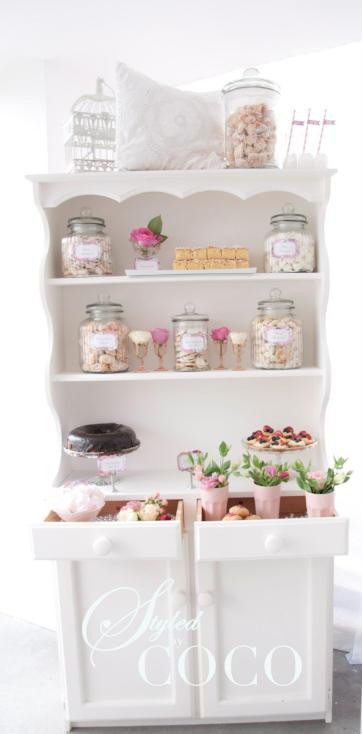 Kitchen tea display vinatge