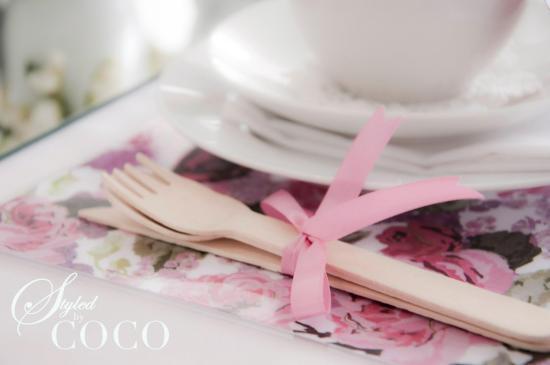 Pink kitchen tea table
