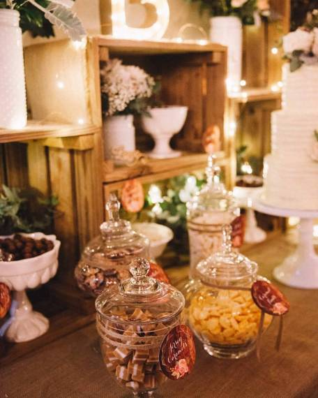 rustic-wedding-lolly-buffet3