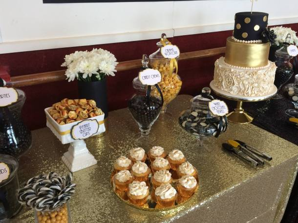 black-and-white-lolly-buffet-engagement-party4