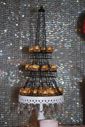 parisian-themed-party-lolly-buffet-eiffel-tower-chocolates
