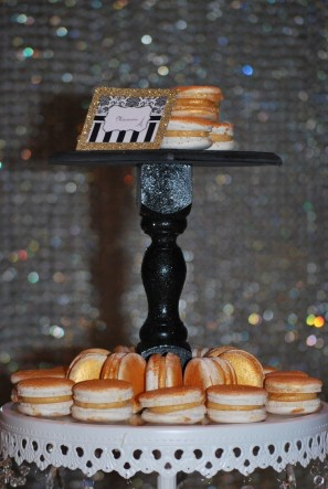 parisian-themed-party-lolly-buffet-gold-macarons