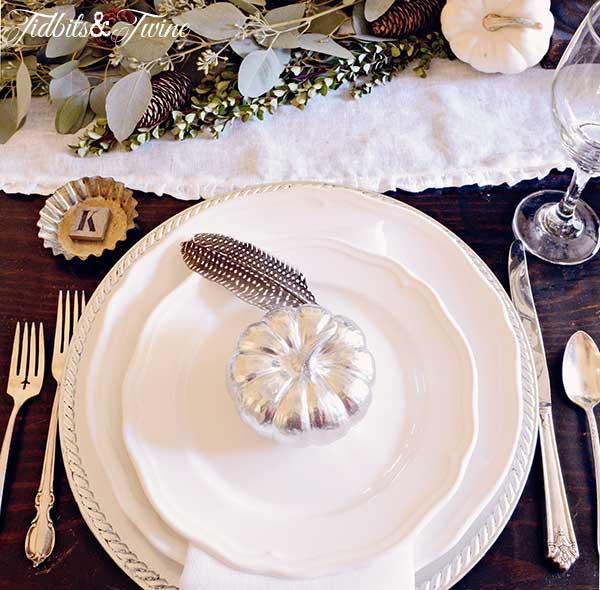 TIDBITS-&-TWINE-Fall-Table-Place-Setting