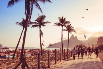 beach-1210567_1920