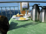 Empfehlenswert: Brunch im Bergrestaurant