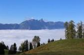 Stockhorn über dem Nebelmeer