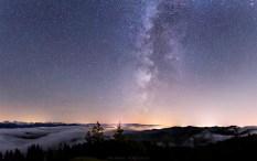 Herbstnacht über dem Emmental